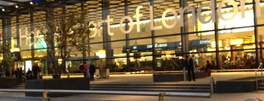Londra Heathrow Havalimanı (LHR) is one of Airports.