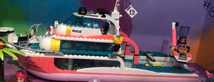 Lego Store is one of Arturo 님이 좋아한 장소.