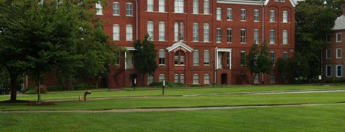 Spelman College is one of Lugares favoritos de Chauncey.