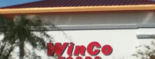 WinCo Foods is one of Lieux qui ont plu à Tasia.