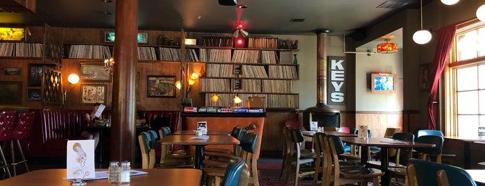 Keys Lounge is one of Lugares favoritos de Noland.