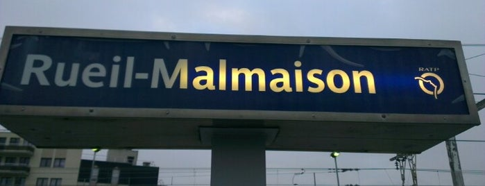 RER Rueil-Malmaison [A] is one of Gaelleさんのお気に入りスポット.