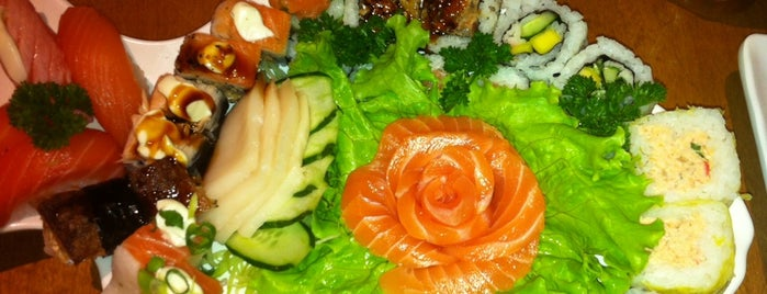 Naoki Sushi is one of Foods in SP.