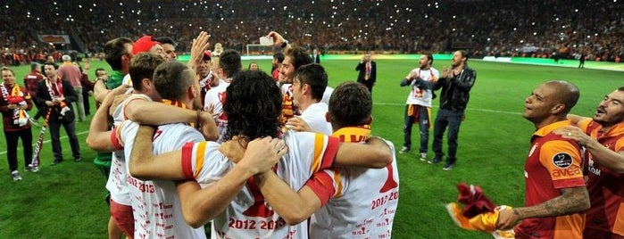 Türk Telekom Stadyumu is one of Mekanlar.