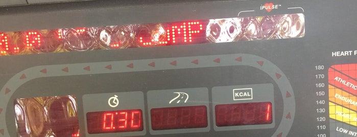 The Gym @ N. Sierra Bonita is one of Brian : понравившиеся места.