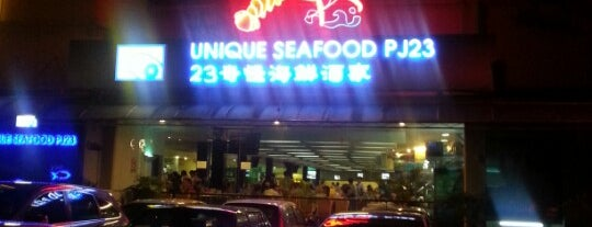 Unique Seafood 23 Restaurant (23海鮮飯店) is one of Petaling Jaya.