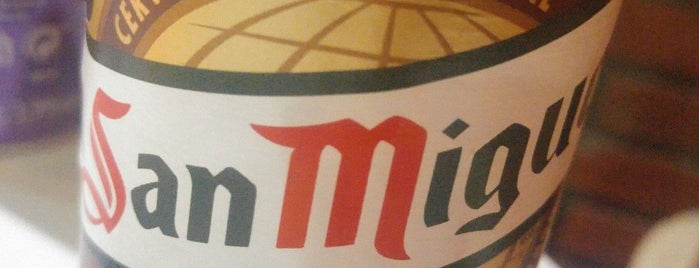 maxi pizza is one of Pizza Malaga.