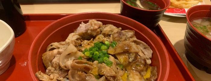 ジョイフル 赤坂店 is one of Hideさんの保存済みスポット.