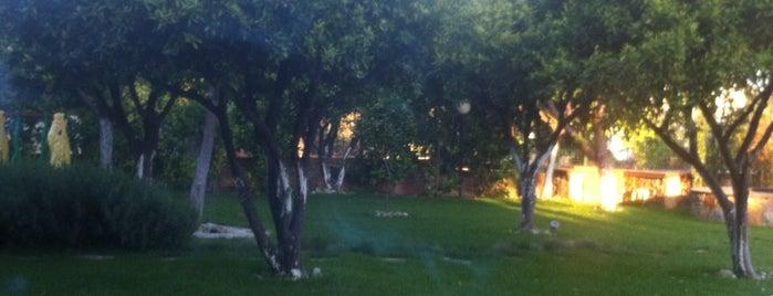 Park Mansions is one of Locais curtidos por İsml.