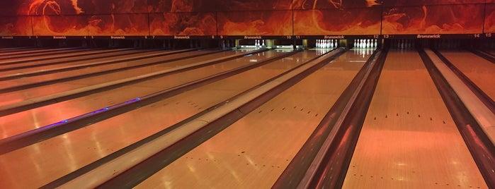 Maryam Bowling | بولینگ مریم is one of Tempat yang Disukai H.
