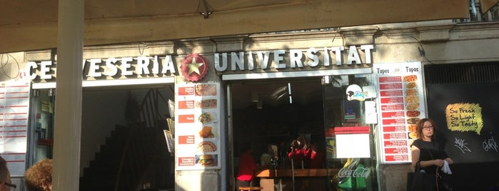 Cerveseria Universitat is one of Lugares favoritos de Waldo.