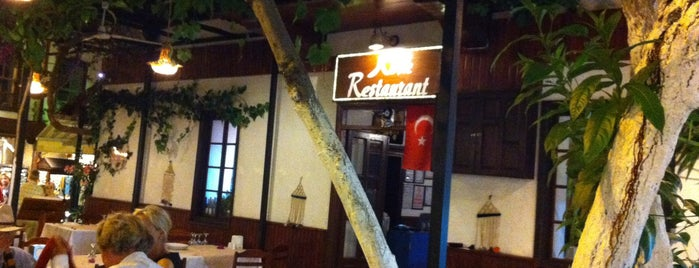 Köşk Restaurant is one of Lugares favoritos de Nuray.