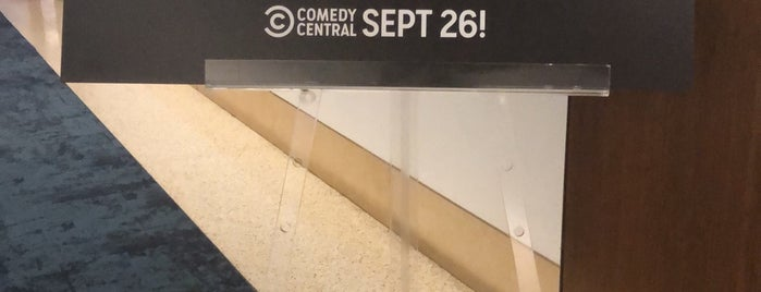 Comedy Central is one of Lugares favoritos de Vicky.