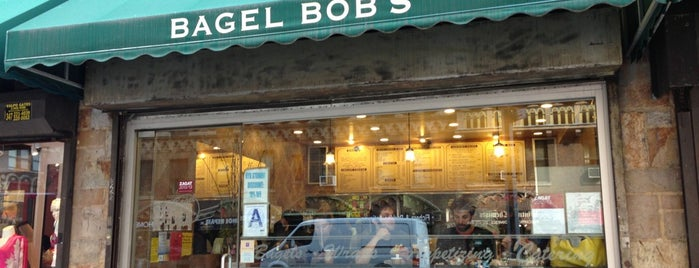 Bagel Bob's is one of Orte, die Charlotte gefallen.