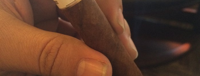 En Fuego Cigars & Lounge is one of Cigar Spots & Lounges.