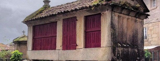 Porto de Combarro is one of Alexandre'nin Beğendiği Mekanlar.