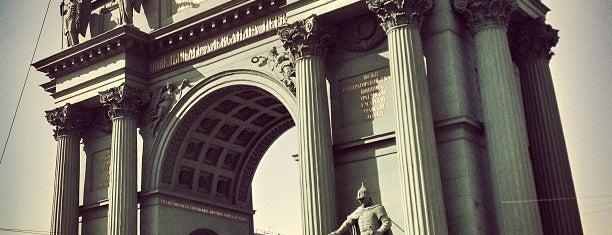 Narva Triumphal Arch is one of Познавательный Петербург.