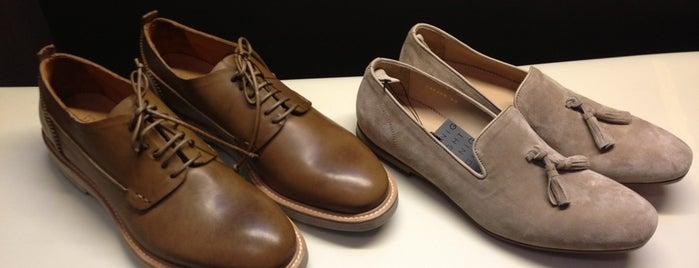 Day Night Shoes is one of สถานที่ที่บันทึกไว้ของ Max.