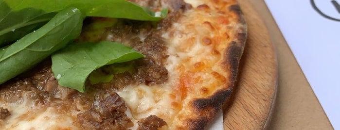Pizza Locale is one of Yusuf'un Kaydettiği Mekanlar.