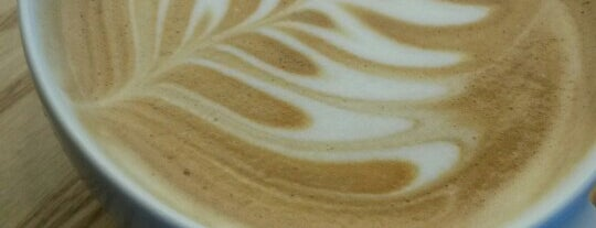 Starbucks is one of Ekrem'in Beğendiği Mekanlar.