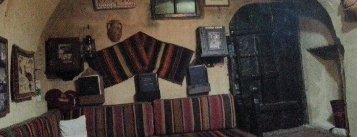 Meşhur İstanbul Bozacısı is one of Nargileciler.