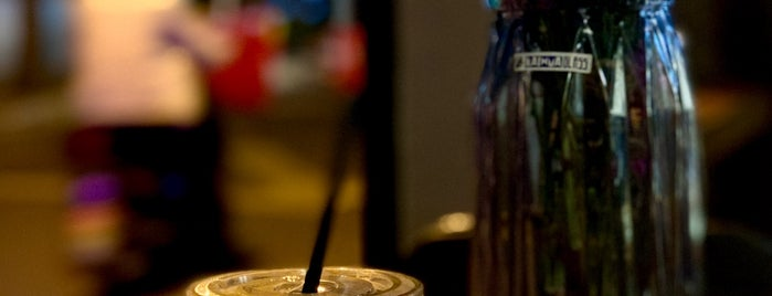 Lanna Coffee is one of Lieux sauvegardés par Jen.