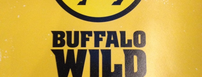 Buffalo Wild Wings is one of Lugares favoritos de Shawn.