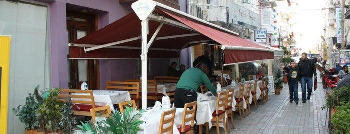 Kalabalık Meyhane is one of İzmir Damak Tadı & Chill.