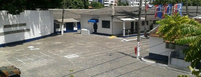 Centro de Preparação de Oficiais da Reserva do Recife - CPOR/R is one of Rogerio 님이 좋아한 장소.
