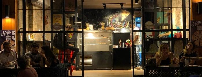Just4Pizza is one of Tempat yang Disukai 'Özlem.