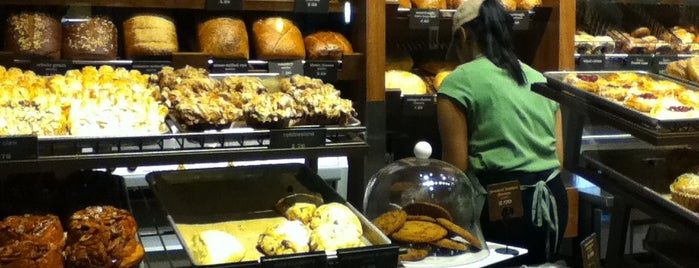 Panera Bread is one of Free WIFI.
