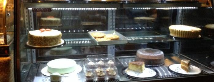 Moka Cake & Art is one of Lieux sauvegardés par Len.