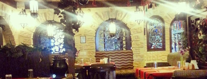 Reem Al Bawadi is one of Sheesha Places.