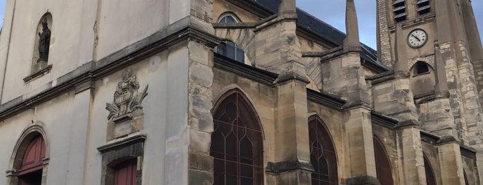 Eglise Saint Germain l'Auxerrois is one of Paris.