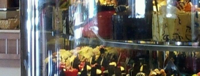 Tütüncüoğlu Cafe Bistro is one of Tempat yang Disukai Nabi.