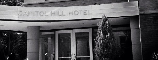 Capitol Hill Hotel is one of Eric Thomasさんのお気に入りスポット.