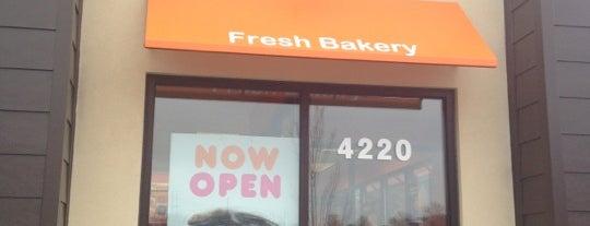Dunkin' is one of Tempat yang Disimpan ☕️.