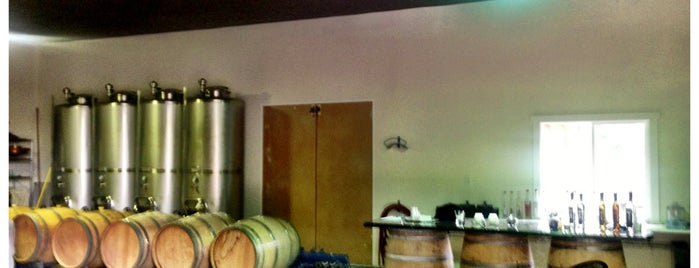 Soft Tail Distillery is one of Craft Distilleries Guide Dec 2011.