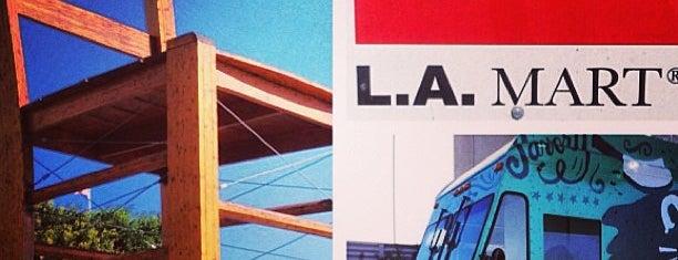 L.A. Mart is one of Lieux sauvegardés par Cheearra.