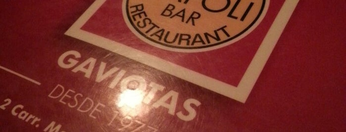 Pizzeria Napoli is one of Tempat yang Disukai Osiris.