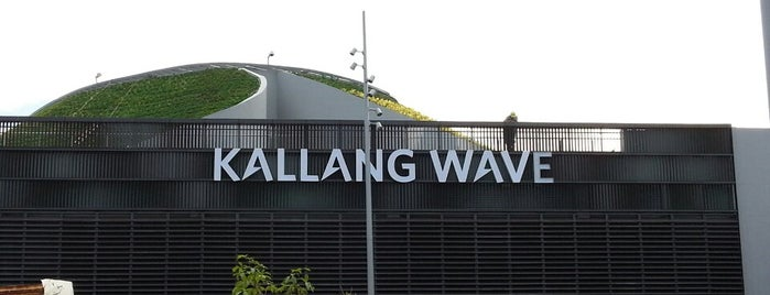 Kallang Wave is one of Locais curtidos por MAC.