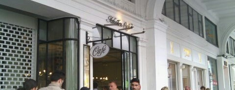 Arkaden-Café is one of Locais curtidos por Fabry.