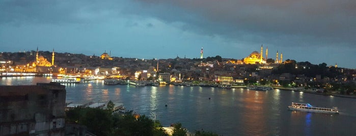 Peninsula Teras Restaurant is one of Istanbul.