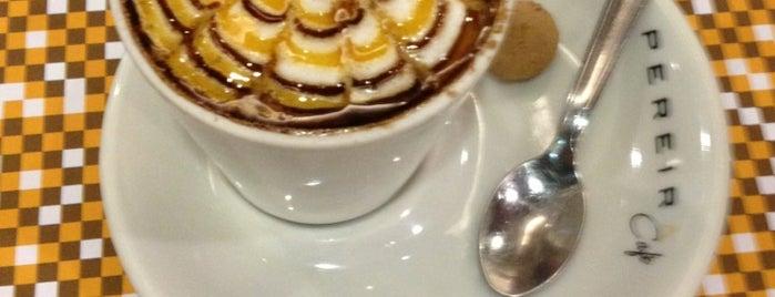 Pereira Café is one of Lieux qui ont plu à Victor.