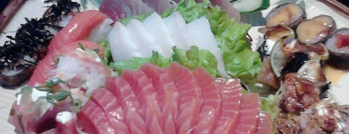 Kiga Sushi is one of Lieux qui ont plu à Vivian.
