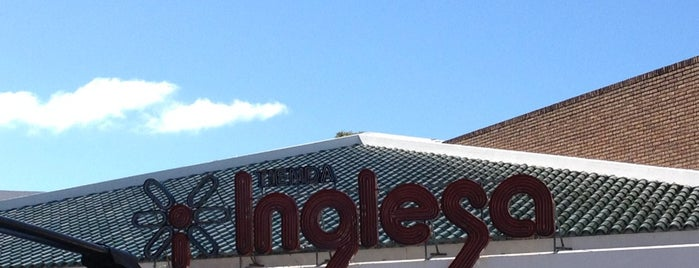 Tienda Inglesa is one of Tempat yang Disukai Nacho.