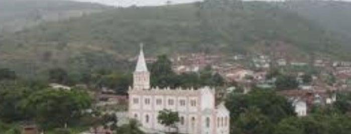 Ubaíra is one of Orte, die Cleber gefallen.