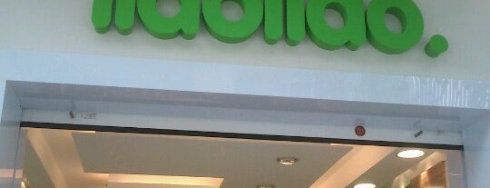 llaollao is one of Moisésさんのお気に入りスポット.