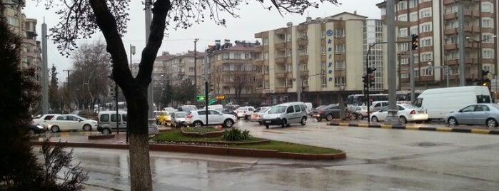 Kalyon Kavşağı is one of Onur: сохраненные места.