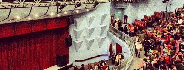 Teatro Peruano Japonés is one of สถานที่ที่ Jamhil ถูกใจ.